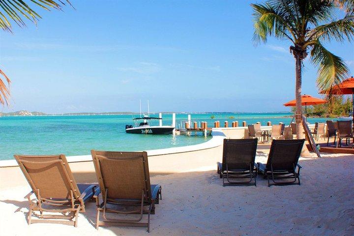 exuma beach nassau bahamas